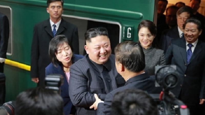 中国からの帰路につく金正恩氏(朝鮮中央通信)